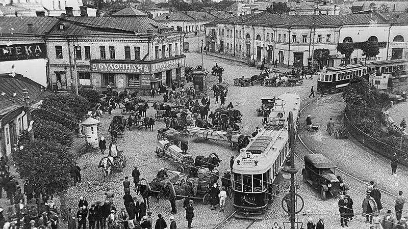 Москва, 1930-е годы, трамвайная пробка
